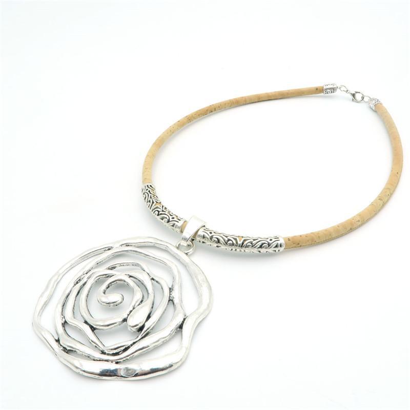 Colier din pluta Rose