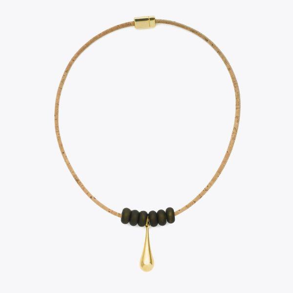 Colier cu ceramica neagra si medalion auriu