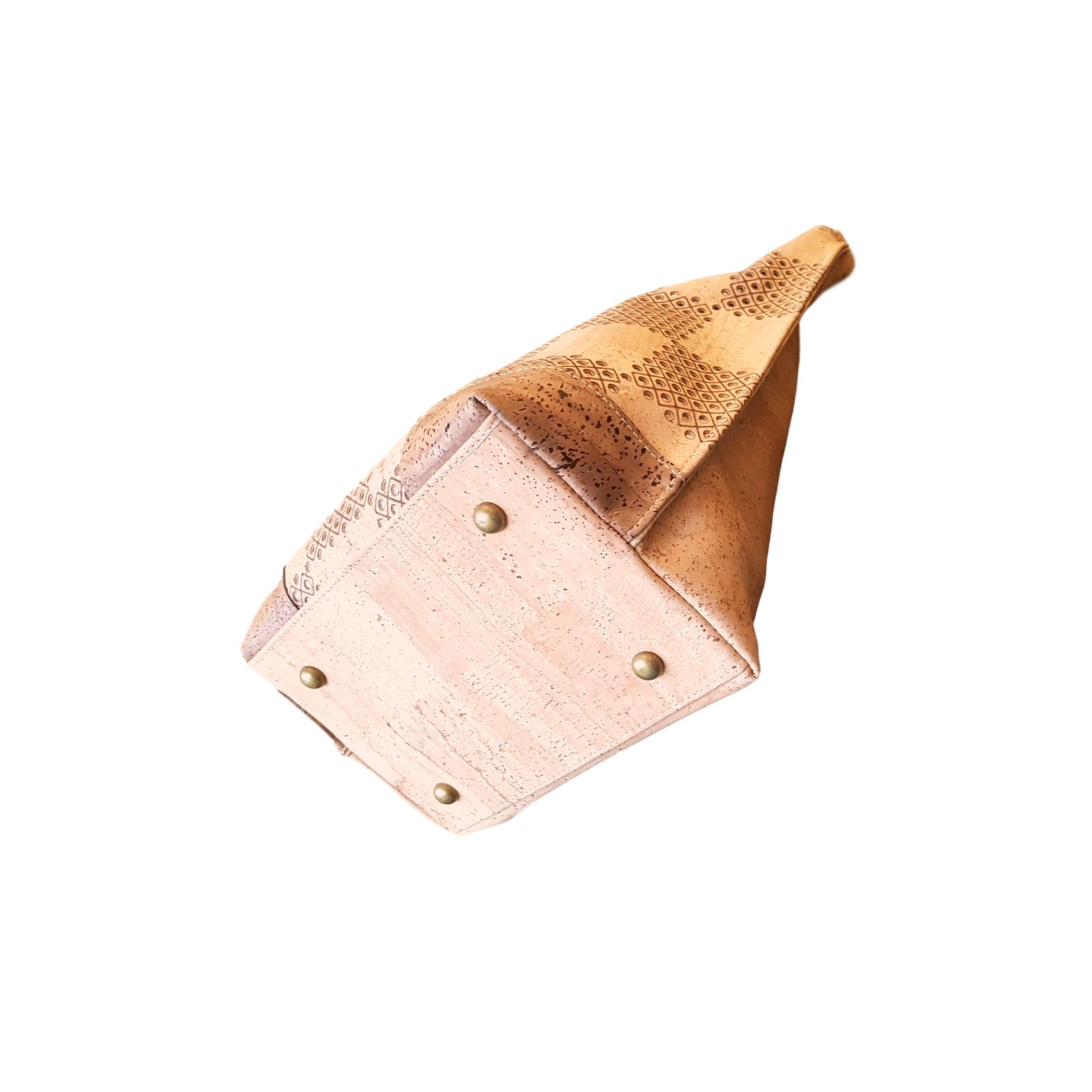 Geanta de umar cu bareta reglabila si perforatie laser