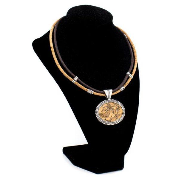 Colier vintage cu medalion oval4