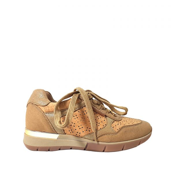 Pantofi sport cu perforatie laser