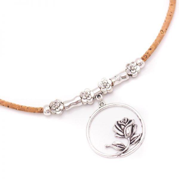 Colier cu medalion Rose1